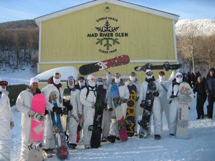 april1-snowboarders_431_323